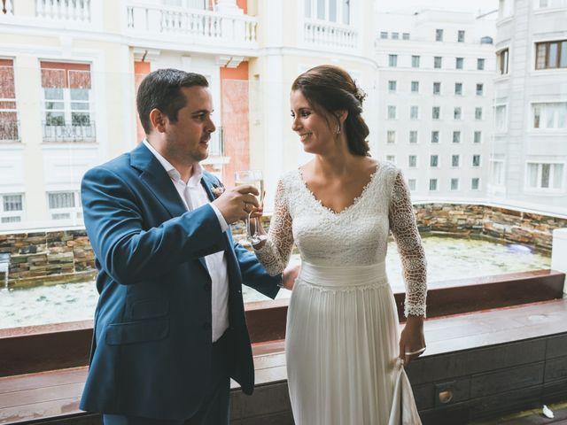 La boda de Javier y Claudia en Madrid, Madrid 91