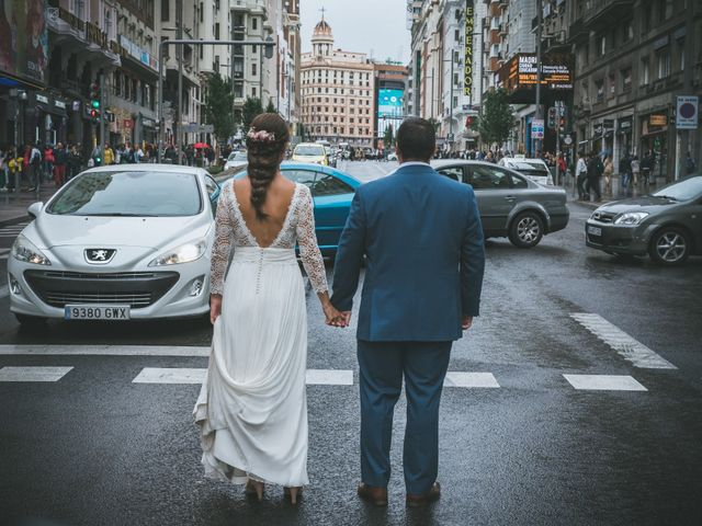 La boda de Javier y Claudia en Madrid, Madrid 106