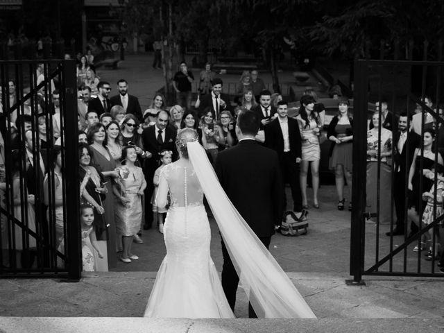 La boda de Víctor y Lorena en Fuenlabrada, Madrid 47