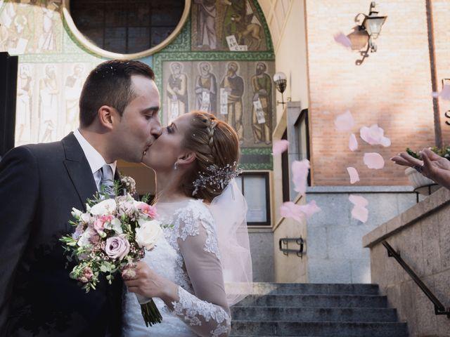 La boda de Víctor y Lorena en Fuenlabrada, Madrid 48