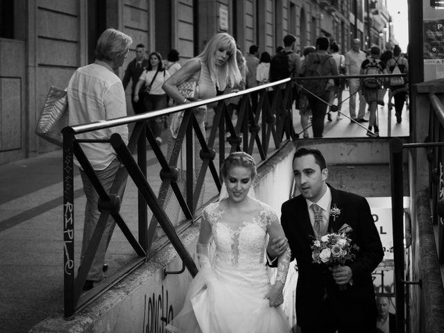 La boda de Víctor y Lorena en Fuenlabrada, Madrid 58