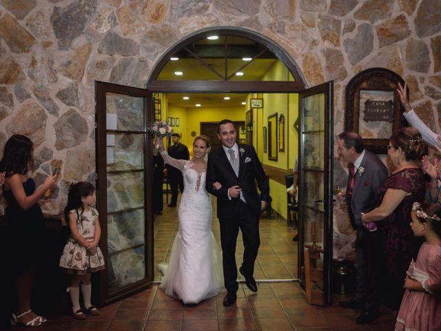 La boda de Víctor y Lorena en Fuenlabrada, Madrid 61