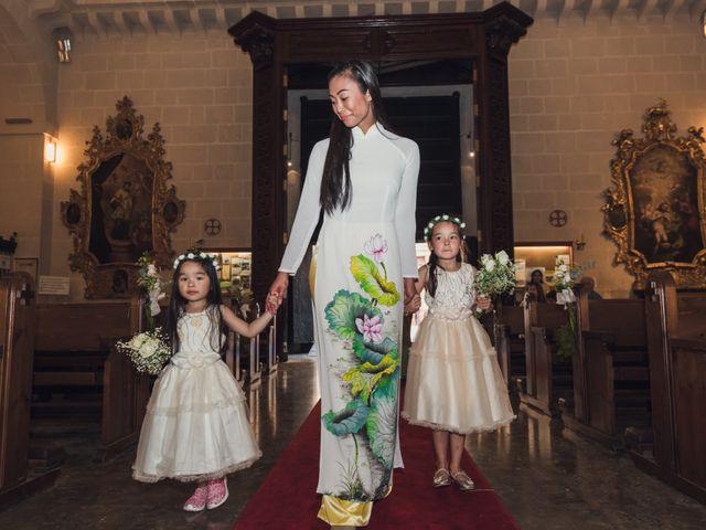 La boda de Phi y Linh en Alacant/alicante, Alicante 22