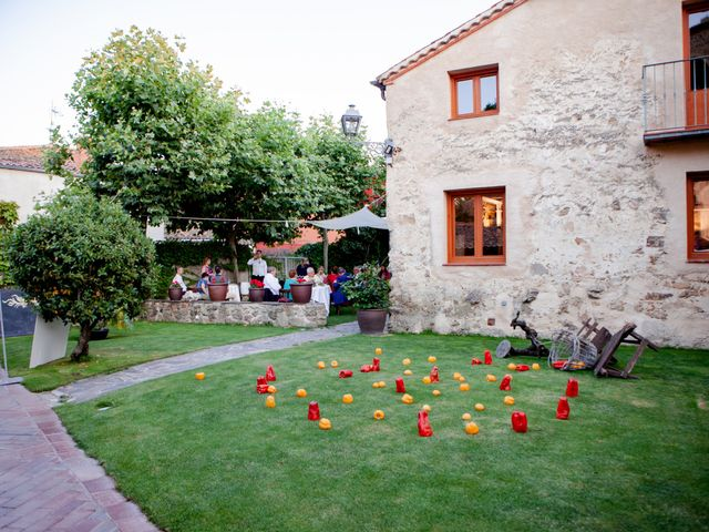 La boda de Miguel y MªJesús en Torrecaballeros, Segovia 51
