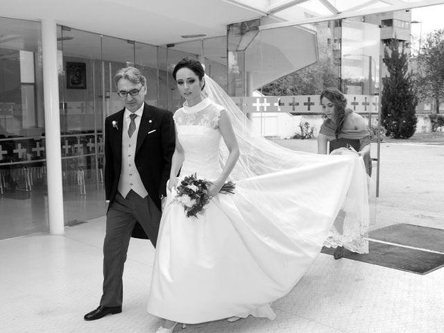 La boda de Diego y María en Tres Cantos, Madrid 19