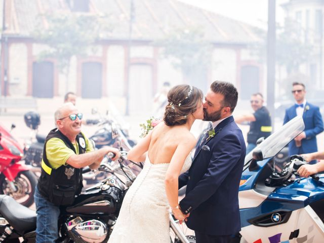 La boda de Rubén y Esmeralda en Pedrajas De San Esteban, Valladolid 17