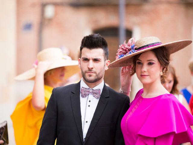 La boda de Rubén y Esmeralda en Pedrajas De San Esteban, Valladolid 19