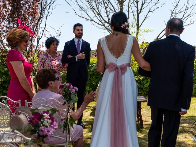 La boda de Luis y Yoli en Somaen, Soria 38