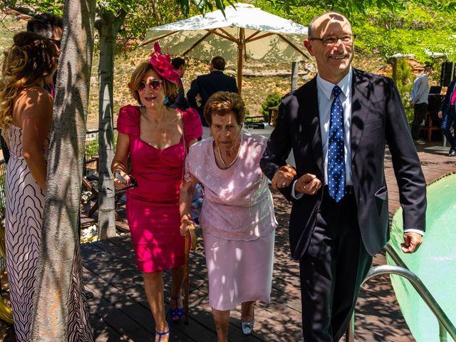 La boda de Luis y Yoli en Somaen, Soria 62