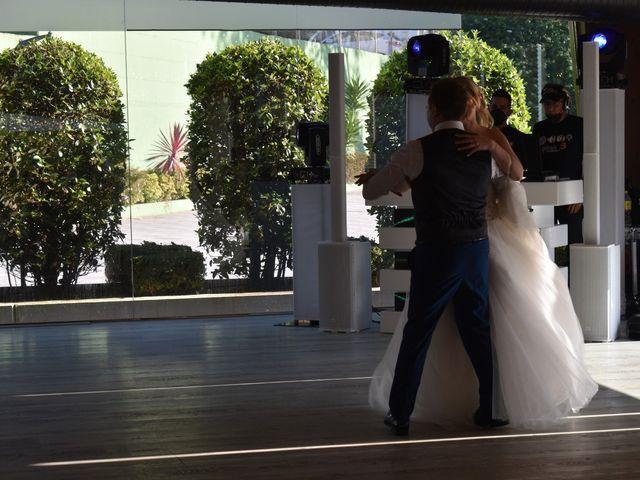 La boda de Alberto y Elisabet en Portocobo, A Coruña 19