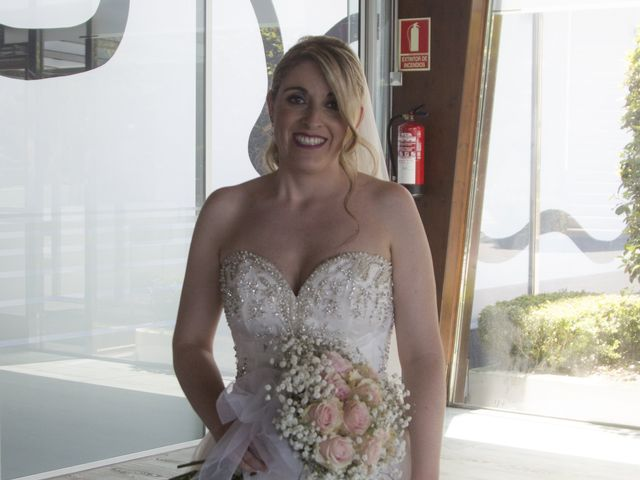 La boda de Alberto y Elisabet en Portocobo, A Coruña 32