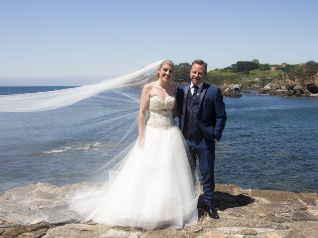 La boda de Alberto y Elisabet en Portocobo, A Coruña 51