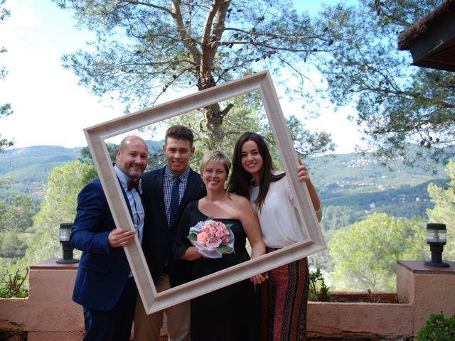 La boda de Jose y Mari en La Palma De Cervello, Barcelona 11