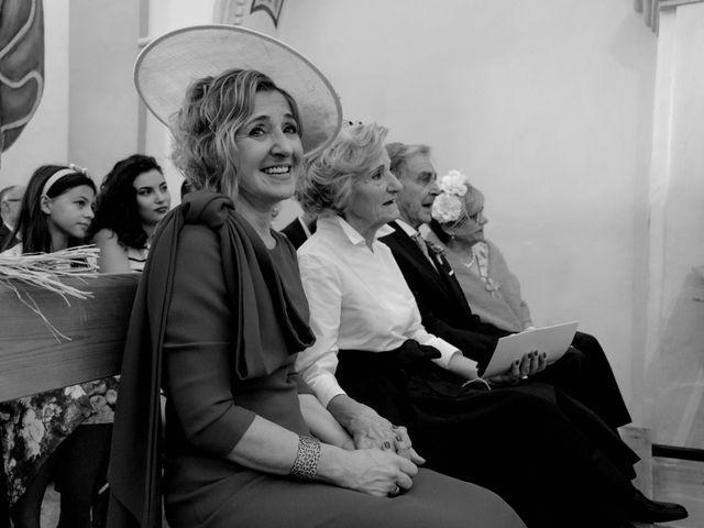 La boda de César y Pilar en Zuera, Zaragoza 32