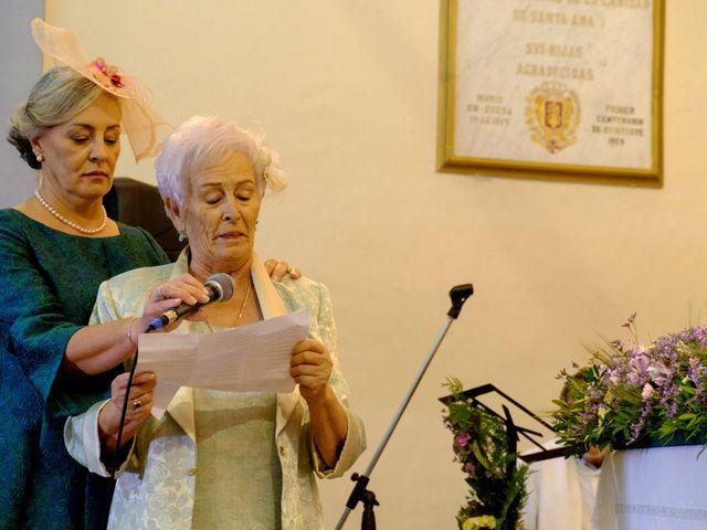 La boda de César y Pilar en Zuera, Zaragoza 33