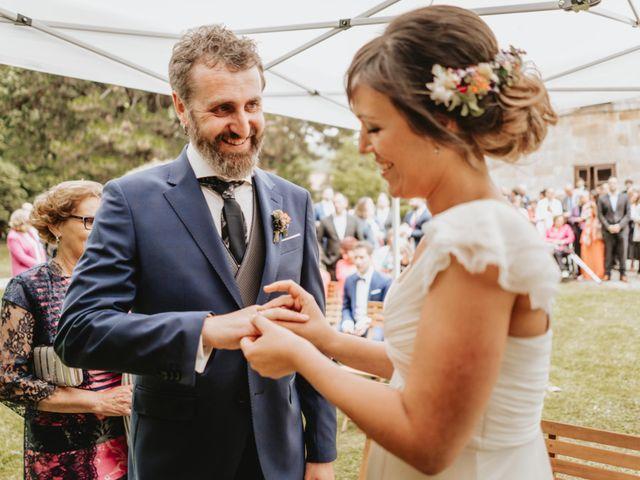La boda de Txotxe y Lara en Castañeda, Cantabria 22