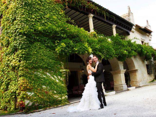 La boda de Jonathan y Noemi en San Vicente De La Barquera, Cantabria 11