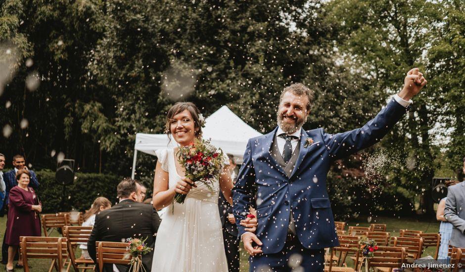 La boda de Txotxe y Lara en Castañeda, Cantabria