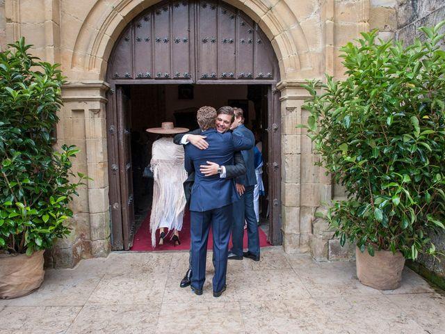 La boda de Javier y Carmen en Comillas, Cantabria 6