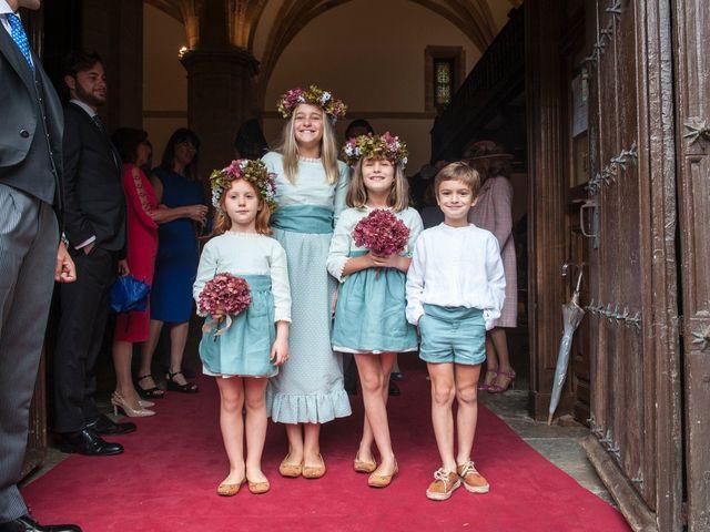 La boda de Javier y Carmen en Comillas, Cantabria 7