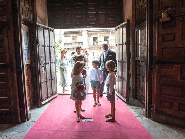 La boda de Javier y Carmen en Comillas, Cantabria 9