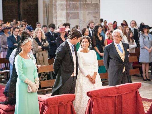 La boda de Javier y Carmen en Comillas, Cantabria 12