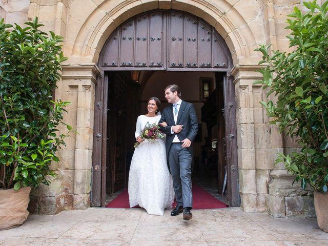 La boda de Javier y Carmen en Comillas, Cantabria 14