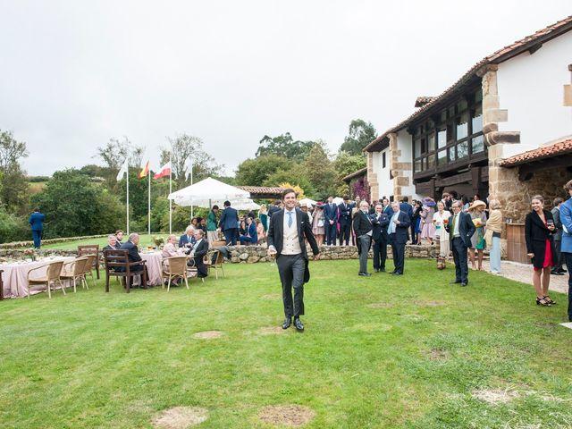 La boda de Javier y Carmen en Comillas, Cantabria 20