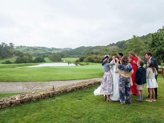 La boda de Javier y Carmen en Comillas, Cantabria 41