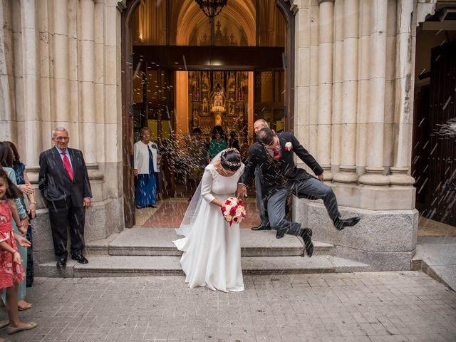 La boda de Antonio y Rebeca en Madrid, Madrid 18