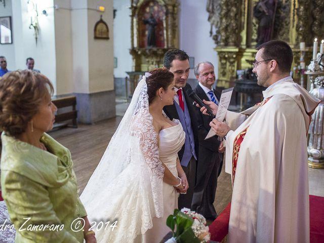 La boda de Victor y Esther en Leganés, Madrid 21