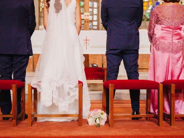La boda de Jose Luis y Amparo en San Sebastian De Los Reyes, Madrid 50