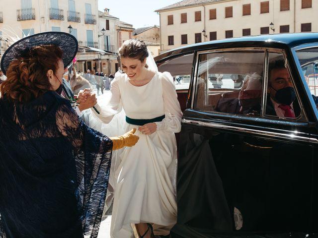 La boda de Miguel y Lili en Torremocha Del Jarama, Madrid 69