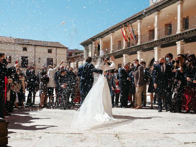 La boda de Miguel y Lili en Torremocha Del Jarama, Madrid 82