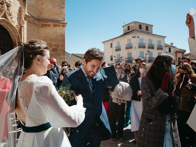 La boda de Miguel y Lili en Torremocha Del Jarama, Madrid 85
