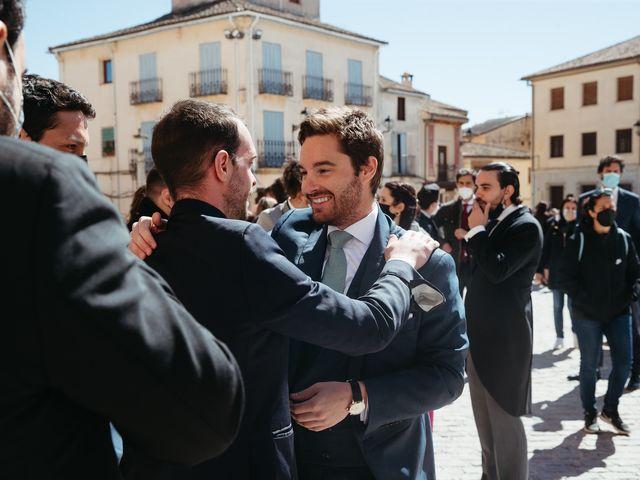 La boda de Miguel y Lili en Torremocha Del Jarama, Madrid 88