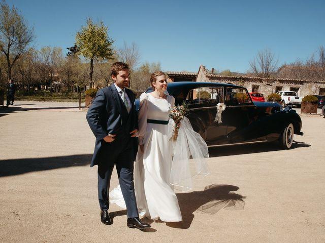 La boda de Miguel y Lili en Torremocha Del Jarama, Madrid 112