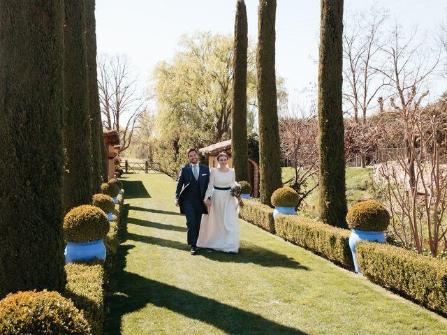 La boda de Miguel y Lili en Torremocha Del Jarama, Madrid 116