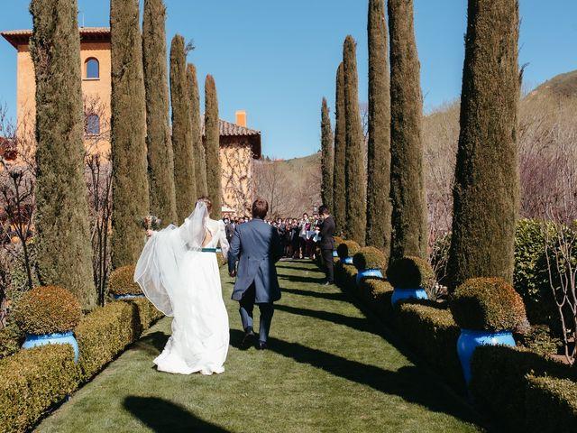 La boda de Miguel y Lili en Torremocha Del Jarama, Madrid 119