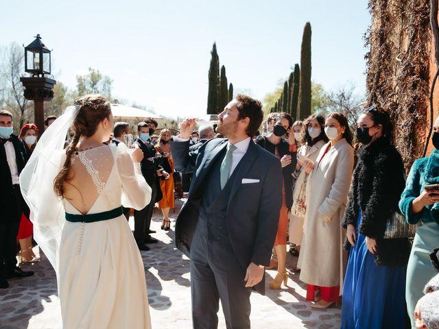 La boda de Miguel y Lili en Torremocha Del Jarama, Madrid 122