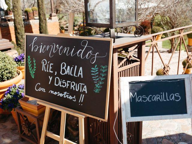 La boda de Miguel y Lili en Torremocha Del Jarama, Madrid 127