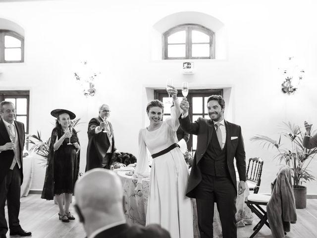 La boda de Miguel y Lili en Torremocha Del Jarama, Madrid 156