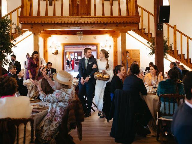 La boda de Miguel y Lili en Torremocha Del Jarama, Madrid 157