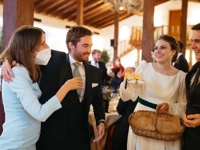 La boda de Miguel y Lili en Torremocha Del Jarama, Madrid 159
