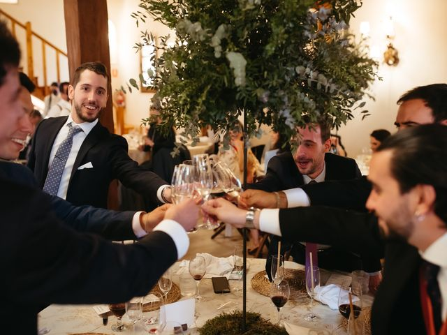 La boda de Miguel y Lili en Torremocha Del Jarama, Madrid 164
