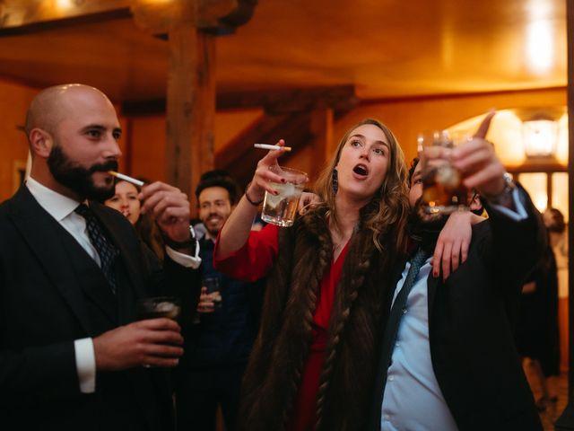 La boda de Miguel y Lili en Torremocha Del Jarama, Madrid 197