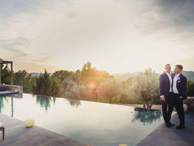 La boda de Dennis y Alexander en Eivissa, Islas Baleares 43