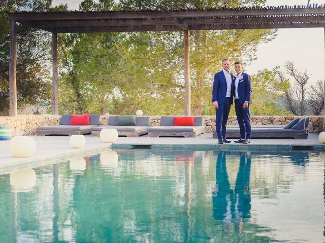 La boda de Dennis y Alexander en Eivissa, Islas Baleares 47