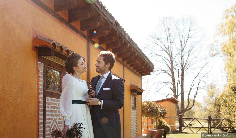 La boda de Miguel y Lili en Torremocha Del Jarama, Madrid
