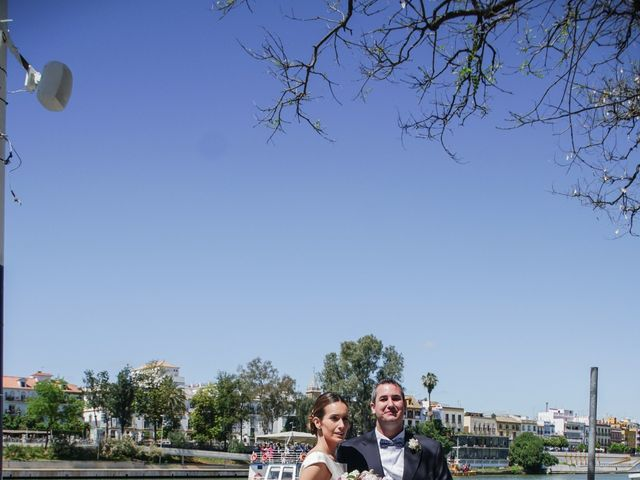 La boda de Santiago y Paloma en Sevilla, Sevilla 23